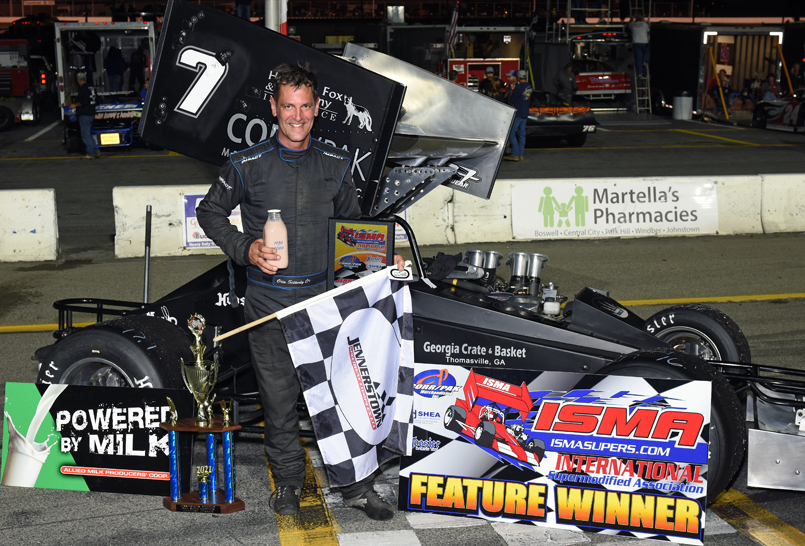 Otto after ISMA win No. 2 at Jennerstown in Sept.<br> (Jim Feeney photo)